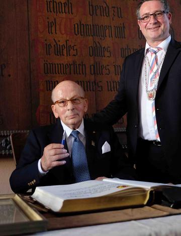 m-16-07-24-d134.1-HAns Günter Winkler-90 Jahre Warendorf